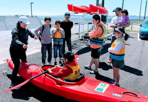 マリンスポーツ体験・水辺の安全教室の開催しております